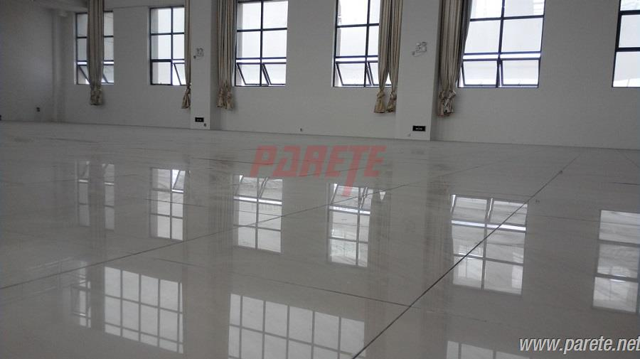 Porcelain raised flooring panels