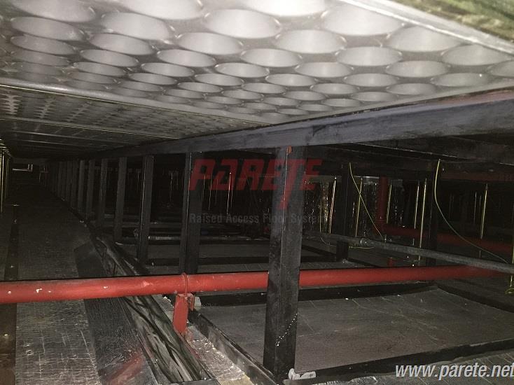 Server Room Floor : Parete raised access floor system server room